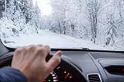 هنگام سفر در زمستان این وسایل را فراموش نکنید